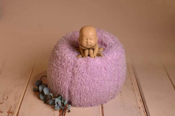 Puff multipose con funda de plumas lila